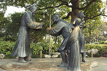 Statue of Confucius and his students at West Lake, Hangzhou, Zhejiang Province, China, Asia