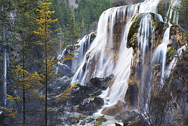 Waterfall, Jiuzhaigou National Park, UNESCO World Heritage Site, Sichuan Province, China, Asia