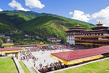 Autumn Tsechu (festival) at Trashi Chhoe Dzong, Thimpu, Bhutan, Asia