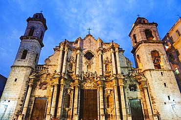 San Cristobal Cathedral in Plaza de la Catedral, Habana Vieja (Old Town), UNESCO World Heritage Site, Havana, Cuba, West Indies, Caribbean, Central America