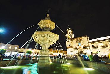 Fountain in Plaza Valladolid, Morelia, UNESCO World Heritage Site, Michoacan state, Mexico, North America