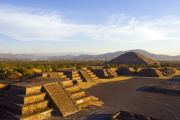 Pyramid of the Sun at Teotihuacan, UNESCO World Heritage Site, Valle de Mexico, Mexico, North America
