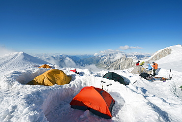 Tents on Mont Blanc, Chamonix Valley, Rhone Alps, Haute-Savoie, French Alps, France, Europe