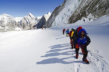 Climbers at Camp 1 on Mount Everest, Solu Khumbu Everest Region, Sagarmatha National Park, UNESCO World Heritage Site, Nepal, Himalayas, Asia