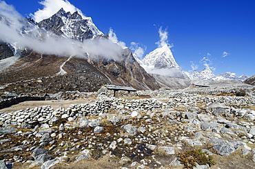 Trekking region, Solu Khumbu Everest Region, Sagarmatha National Park, UNESCO World Heritage Site, Nepal, Himalayas, Asia