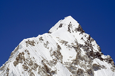 Mount Nuptse, 7861m, Solu Khumbu Everest Region, Sagarmatha National Park, UNESCO World Heritage Site, Nepal, Himalayas, Asia
