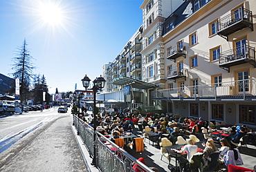 Apres ski bar, Davos, Graubunden, Swiss Alps, Switzerland, Europe