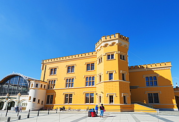 Railway station building, Wroclaw, Silesia, Poland, Europe