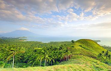 Mount Mayon Volcano, Legazpi, south east Luzon, Philippines, Southeast Asia, Asia
