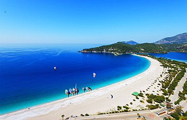 Blue Lagoon and Belcekiz beach, Oludeniz near Fethiye, Aegean Turquoise coast, Mediterranean region, Anatolia, Turkey, Asia Minor, Eurasia