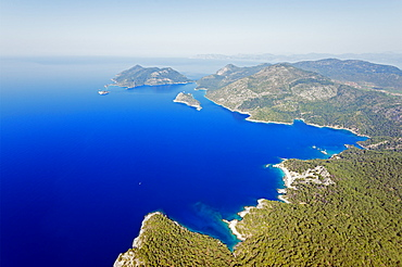 Blue Lagoon and Belcekiz beach, Fethiye, Aegean Turquoise coast, Mediterranean region, Anatolia, Turkey, Asia Minor, Eurasia