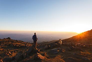 Climber on Mount Ararat, 5137m, Dogubayazit, Eastern Anatolia, Turkey, Asia Minor, Eurasia