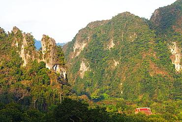 Wat Tham Phanthurat temple, Khao Sok National Park, Surat Thani Province, Thailand, Southeast Asia, Asia