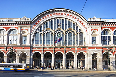 Porta Nuova train station, Turin, Piedmont, Italy, Europe