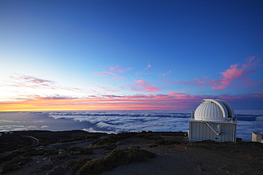 Telescope observatory, Caldera de Taburiente National Park, UNESCO Biosphere Site, La Palma, Canary Islands, Spain, Atlantic, Europe