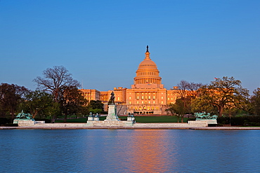 Ulysses S. Grant Memorial and United States Capitol Building showing current renovation work on the dome, Washington D.C., United States of America, North America