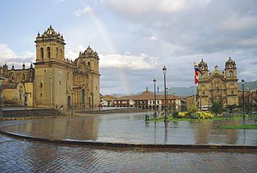 The cathedral and El Triunfo, Plaza de Armas, Cuzco, Peru, South America