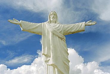 Statue of Jesus Christ overlooking the city, Cuzco, Peru, South America