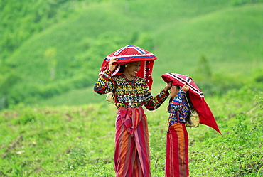 Tiboli women, Cotabato, Southern Mindanao, Philippines