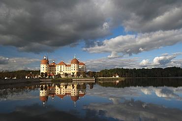 Baroque Moritzburg Castle and reflections in lake, Moritzburg, Sachsen, Germany, Europe
