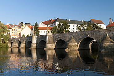 Kamenny Most, the oldest Gothic stone bridge in the Czech Republic, over the Otava River, Pisek, Budejovicko, Czech Republic, Europe