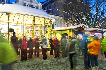 People at Christmas market, Haupt Square, Schladming, Steiermark, Austria, Europe