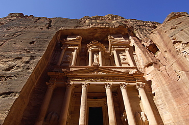 The Treasury (Al Khazneh) (El Khazneh) (Al Khazna), Petra, UNESCO World Heritage Site, Jordan, Middle East