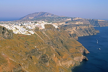 View of Firostefani from Imerovigli, island of Santorini (Thira), Cyclades Islands, Aegean, Greek Islands, Greece, Europe