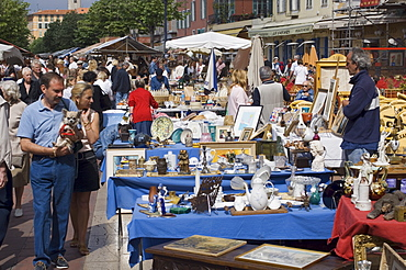 Marche a la Broquante, Cours Saleya, Nice, Alpes Maritimes, Provence, Cote d'Azur, French Riviera, France, Europe