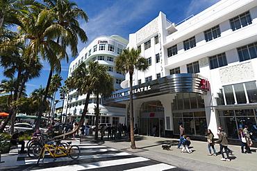 Lincoln Road Mall, South Beach, Miami Beach, Florida, United States of America, North America