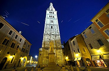 Ghirlandina tower, Modena, Emilia Romagna, Italy
