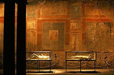 "Frescoes at the ""Tempio dei Lari Pubbilci"", Pompei, Campania, Italy"