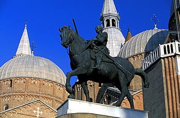 Gattamelata statue, Padua, Veneto, Italy