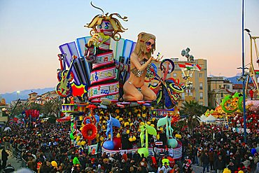 Parade, Carnival 2007, Viareggio, Tuscany, Italy