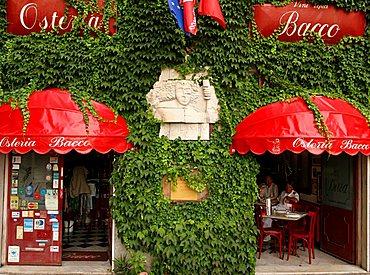 Bacco inn, Savona, Ligury, Italy