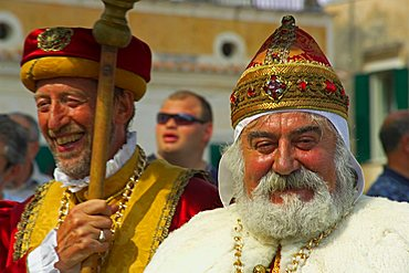 Doge of Venice mask, Repubbliche Marinare historical regatta, Atrani, Campania, Italy