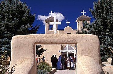 San Francisco de Asis mission church, Ranchos de Taos, New Mexico, United States of America, North America