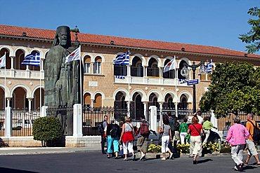 Statue of Makarios III, Nicosia, Cyprus Island, Greece, Europe