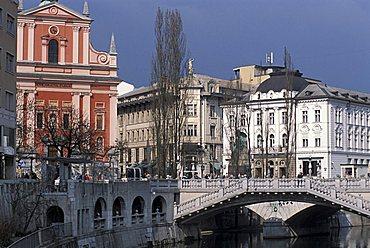 Francescani church, Ljubljanica river, Ljubljana, Slovenia, Europe