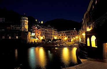 Port by night, Vernazza, Ligury, Italy