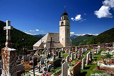 Cemetery, Pal, Valle dei Mocheni, Trentino Alto Adige, Italy, Europe