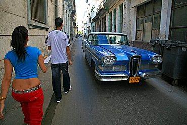 Take a walk, La Habana Vieja, Havana, Cuba, West Indies, Central America