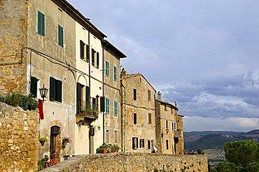 Walls, Pienza, Italy