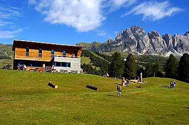 Odle mountains and Juac refuge, Puez Odle natural Park, Gardena Valley, Alto Adige, Italy