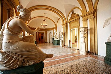 Sala I, Figura allegorica statue, Giacomo Spalla, Modern Art Museum, Villa Reale, Galleria d'Arte Moderna, Via Palestro 16, Milan, Lombardy, Italy, Europe