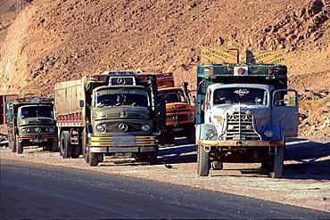 Trucks direct to Jeddah, Saudi Arabia, Middle East