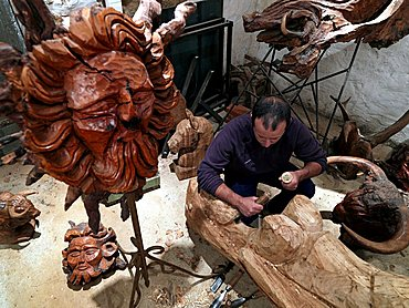 The sculptor Stephane Deguihen, Levie, Corsica Island, France, Europe