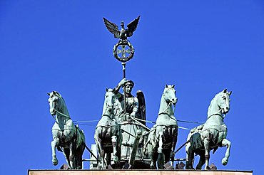 The Quadriga atop the Brandenburg Gate, Pariser Platz, Berlin, Germany, Europe