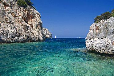 Porto Pedrosu fiord, Capo Monte Santo, Baunei, Ogliastra, Sardinia, Italy