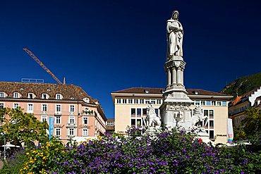 Walther von der Vogelweide square, Bolzano, Trentino Alto Adige, Italy, Europe